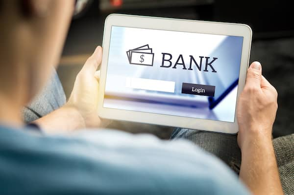 Top 7 Factors to Consider When Choosing a Bank